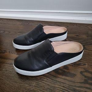Vionic Black Leather Slip on Sneaker Size 8